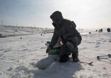 O poveste de pe gheata- Ice Fishing Manjesti
